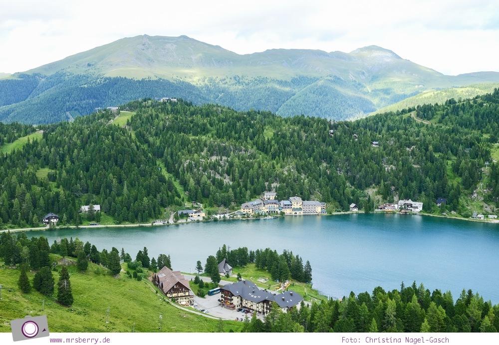 Steiermark mit Kind - Urlaub im Seehotel Jägerwirt auf der Turracher Höhe am Turracher See: Hotelansicht vom Berg