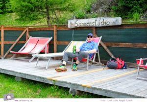 Urlaub Zirbitzkogel in der Steiermark - Wandern mit Kind und Hund   Sonnenstudio der Tonnerhütte