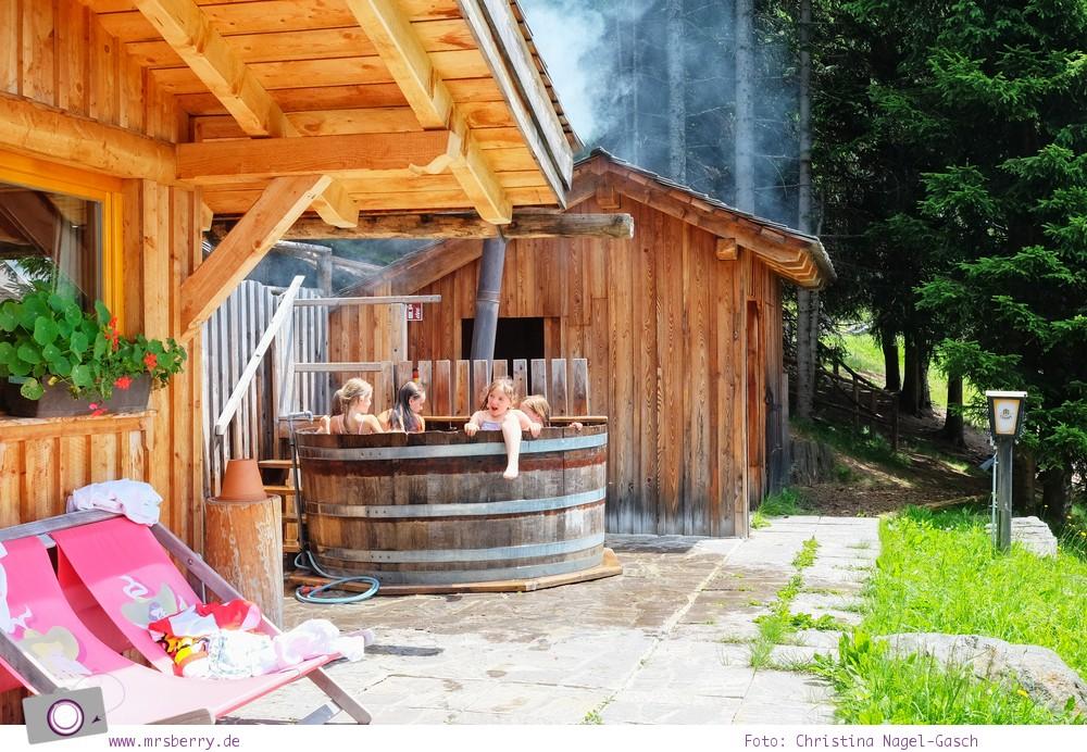 Urlaub Zirbitzkogel in der Steiermark - Wandern mit Kind und Hund | Badetrog der Tonnerhütte