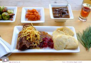 Urlaub Zirbitzkogel in der Steiermark - Wandern mit Kind und Hund   kulinarisch leckeres Essen in der Tonnerhütte