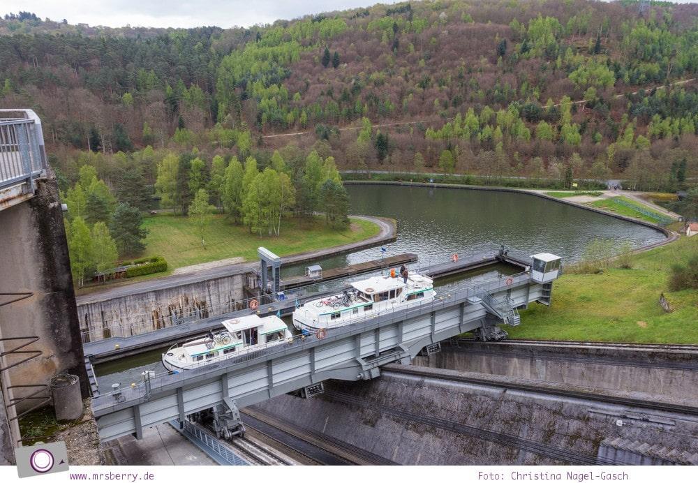 Hausbooturlaub in Frankreich: aus dem Rhein-Marne-Kanal in Elsass-Lothringen | Fantastische Technik - das Schiffshebewerk in Arzviller.