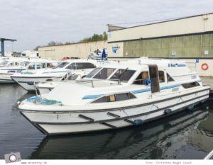 Hausbooturlaub in Frankreich: aus dem Rhein-Marne-Kanal in Elsass-Lothringen   Unser Hausboot in der le boat Basis in Hesse.