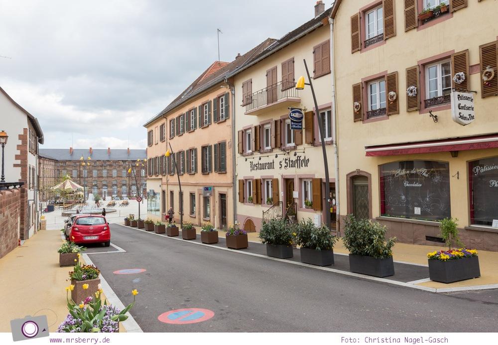 Hausbooturlaub mit Kind in Frankreich: auf dem Rhein-Marne-Kanal in Elsass-Lothringen | Ein Tag in Saverne.