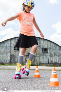 Outdoor Spaß mit Hudora - die coolen Rollschuhe Disco Skate Wonders für Mädchen im MrsBerry Test