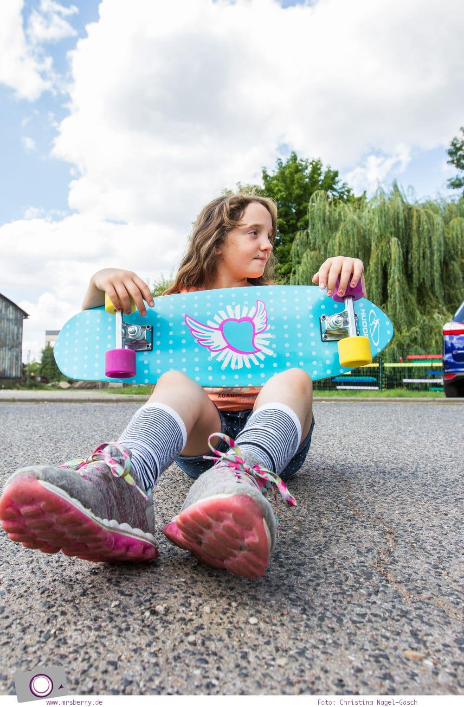 Outdoor Spaß mit Hudora - das wendige Skateboard Cruiser Skate Wonders für Mädchen im MrsBerry Test