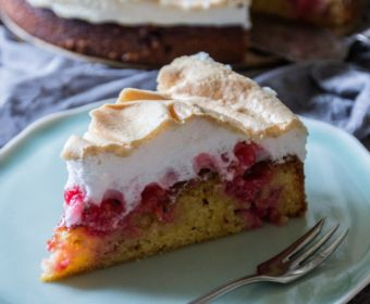 Rezept für Johannisbeer-Kuchen mit Baiser zum selber machen - fruchtig & lecker