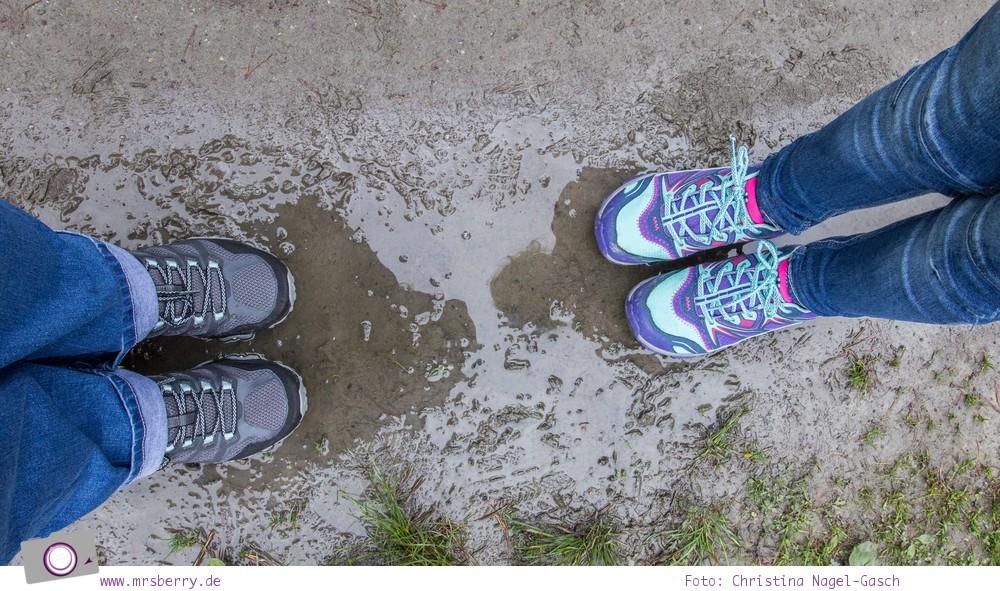 Wanderschuhe im Regen-Test: Merrell Moab FST Damen Wanderschuhe und Capra Bolt Lace Kinder Wanderschuh