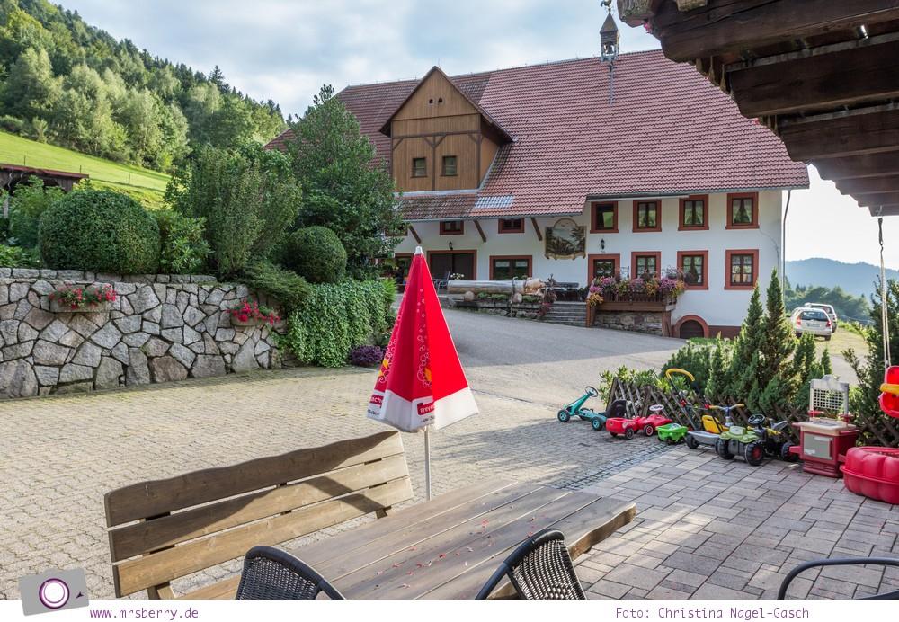 ZweiTälerLand: Familienurlaub im Schwarzwald - der Schneiderhof, Möglichkeit zur Einkehr entlang vieler Wanderwege