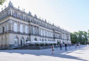 Prien am Chiemsee: Tipps für den Familienurlaub in Bayern vom MrsBerry Familien-Reiseblog   Besuch der Herreninsel und Schloss Herrenchiemsee.