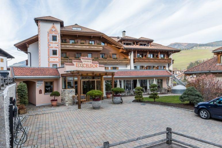 Toskana Urlaub im Chianti: Zwischenstopp im Belvita Wellness Hotel Excelsior - Dolomites life Resort in Südtirol, Kronplatz Region