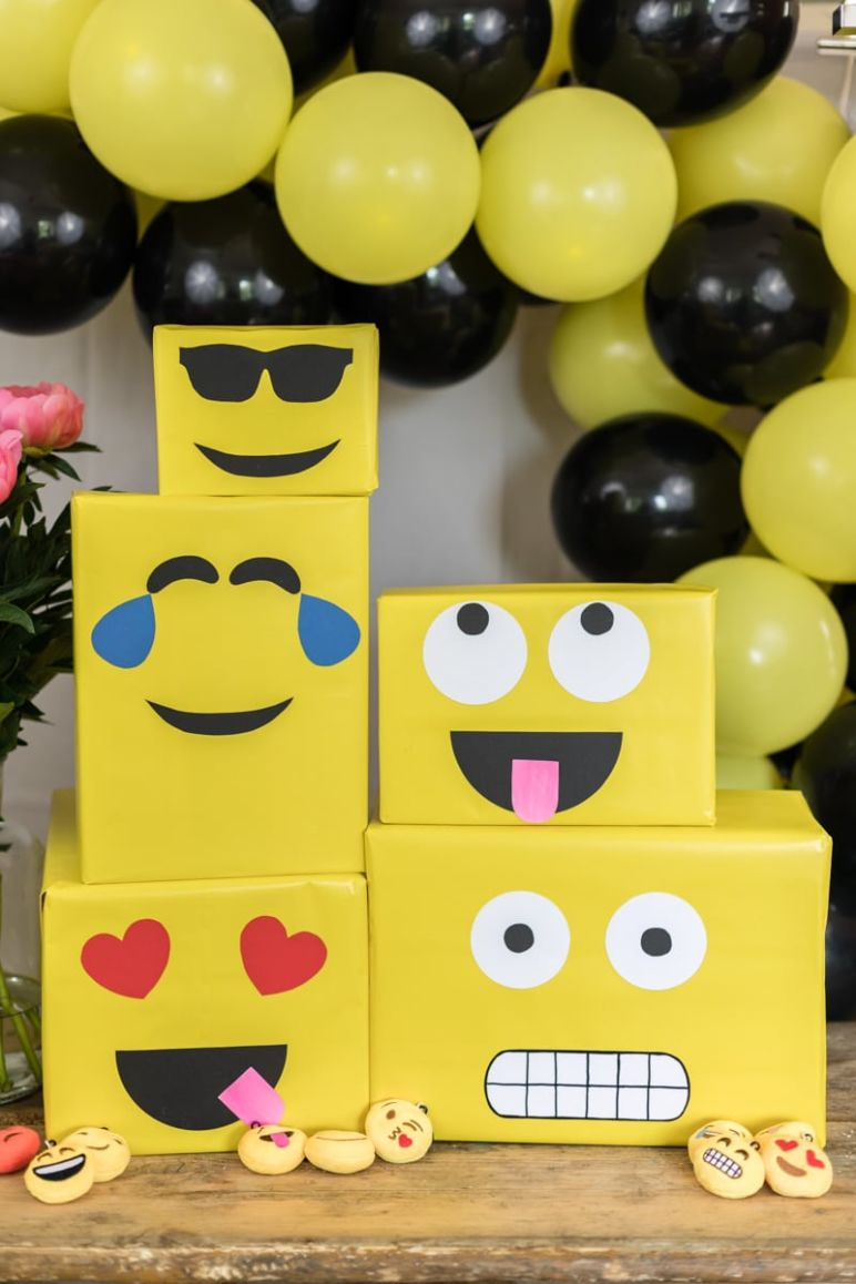 emoji diy geburtstagsparty deko ideen mrsberry familien reiseblog. Black Bedroom Furniture Sets. Home Design Ideas