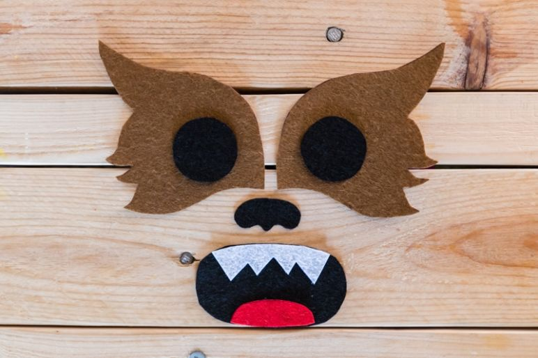 STAR WARS Schultüte basteln Chewbacca - eine DIY Idee zu Einschulung und Schulanfang | mit Schritt für Schritt Anleitung zum einfachen Basteln mit Kindern | Eine Idee des MrsBerry DIY-Blog | Chewbacca Gesicht aus Filz