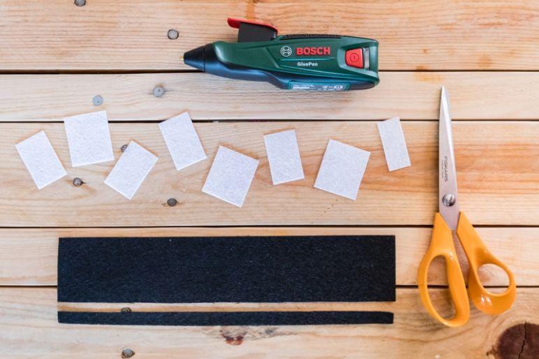 STAR WARS Schultüte basteln Chewbacca - eine DIY Idee zu Einschulung und Schulanfang | mit Schritt für Schritt Anleitung zum einfachen Basteln mit Kindern | Eine Idee des MrsBerry DIY-Blog | Chewbacca Munitionsgürtel aus Filz zuschneiden