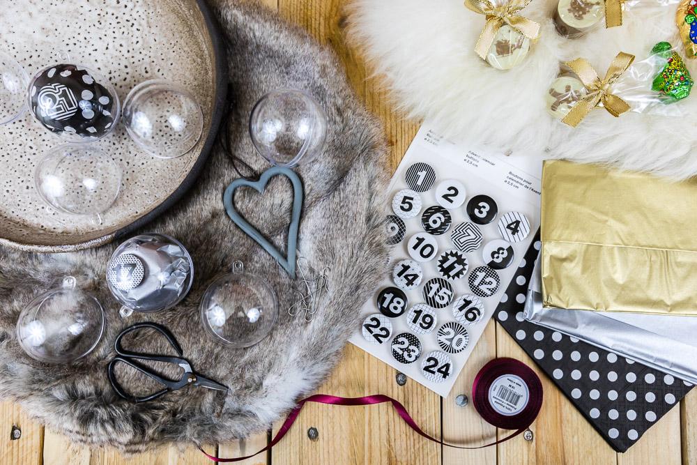 DIY Adventskalender basteln aus Acrylkugeln: diesen Adventskalender zum selber machen kannst du ganz individuell befüllen und als Nachhaltiger Adventskalender ist der immer wieder verwendbar. In der Anleitung zeige ich dir Schritt für Schritt wie du diesen hübschen Adventskalender basteln kannst.
