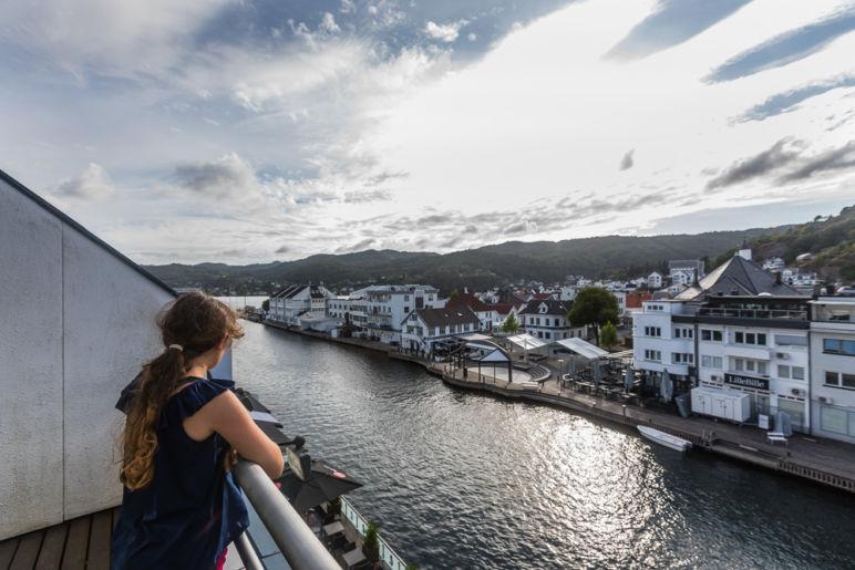 Südnorwegen: Tipps für den Familienurlaub an der Südküste Norwegens - atemberaubende Natur, tolle Wanderungen, einsame Inseln und viel Zeit als Familie.| Flekkefjord und Ausflug auf die Insel Hidra.