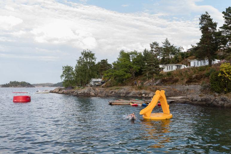 Südnorwegen: Tipps für den Familienurlaub an der Südküste Norwegens - atemberaubende Natur, tolle Wanderungen, einsame Inseln und viel Zeit als Familie. | Sørlandet Feriesenter - Campingplatz für Familien direkt am Fjord.