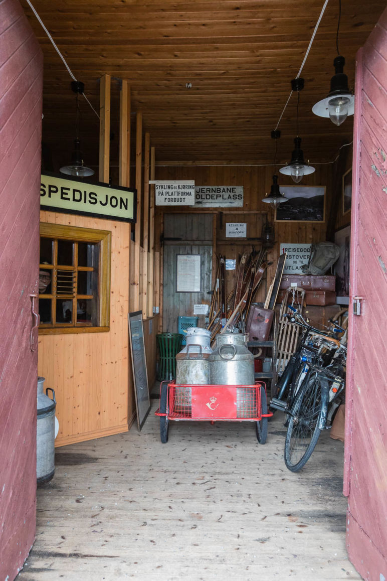 Urlaub in Norwegen - Familienurlaub im idyllischen Ferienhaus am Sørfjord: Ferienhaus in Garnes bei Bergen - Gamle Vossebane in Garnes