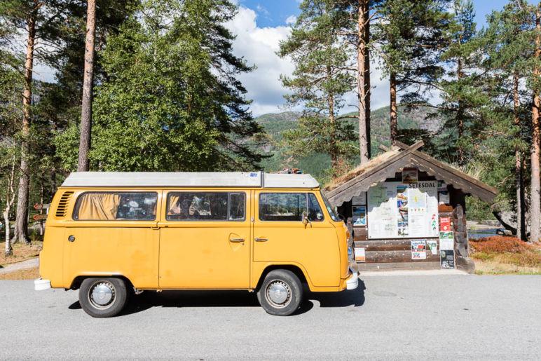 Skandinavien Roadtrip: Tipps zu unserer Rückreise von Norwegen nach Deutschland über Dänemark - Badeidylle im Setesdal am Honnevje Badeplass